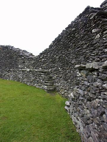 Festung aus losen Steinen nähe Sneem, Ireland - Éire 2006