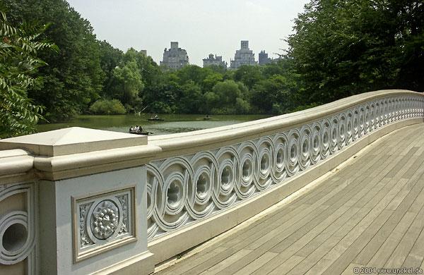 Bow Bridge im Central Park, New York 2004