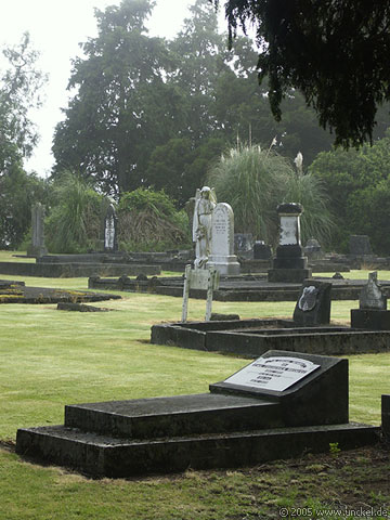 Friedhof Dannevirke, New Zealand - Aotearoa 2004/05