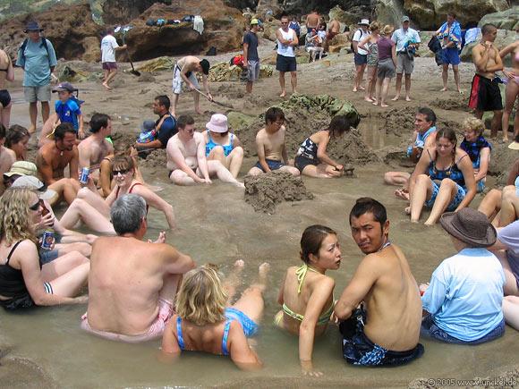Hot Water Beach - Heiße Quellen direkt am Strand, New Zealand - Aotearoa 2004/05