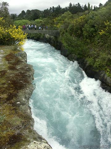 Huka River bei Taupo, New Zealand - Aotearoa 2004/05