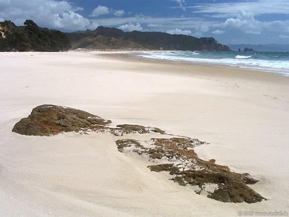 Otama Beach, New Zealand - Aotearoa 2004/05